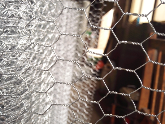 Stainless steel Hexagonal Wire Netting With Low Carbon Steel Wire Q195 Material
